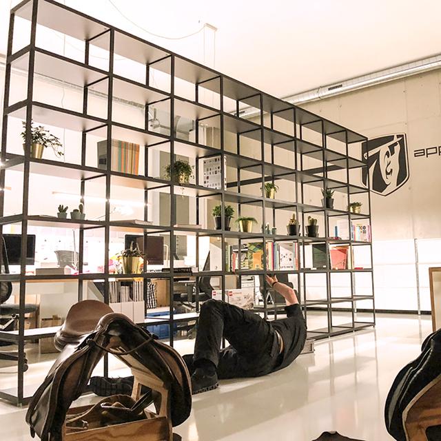 Regal schwarz – schwarze Regale im Urban Style   REGALRAUM