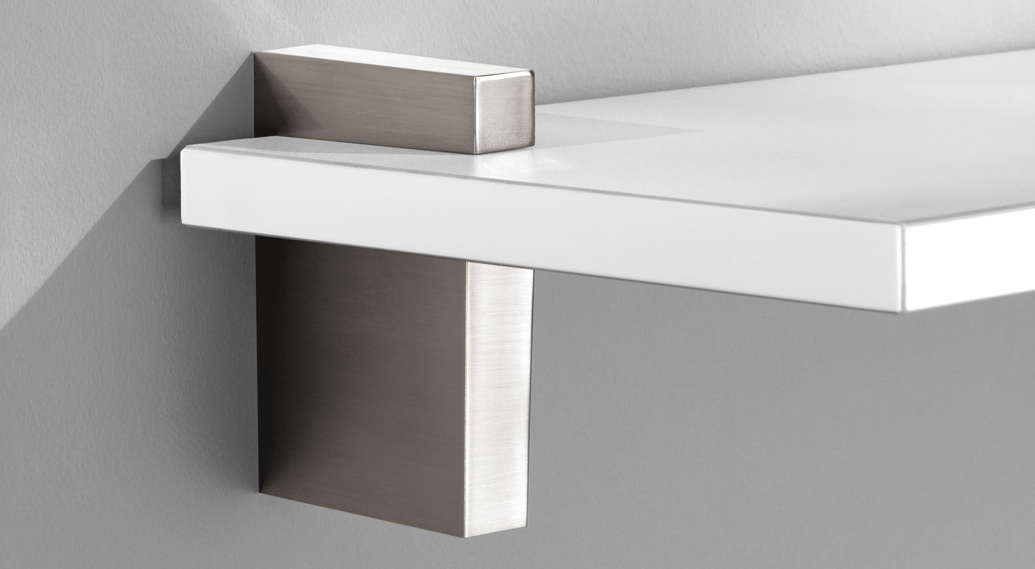 Shelf Brackets + Supports - Huge Range | regalraum com