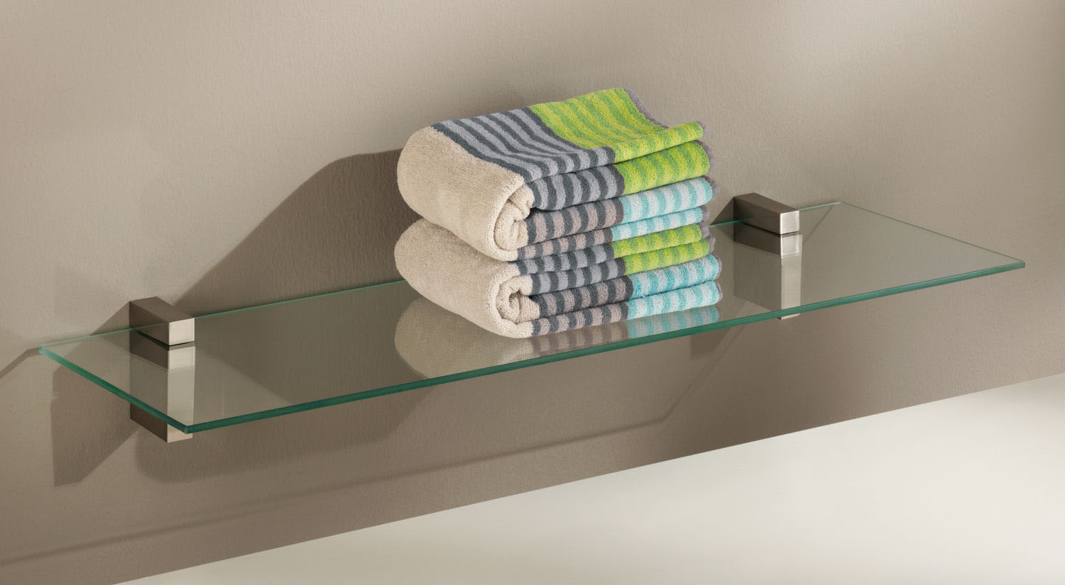 Bathroom shelf - Glass shelf for the bathroom with the glass shelf board SQUARE + CUADRO Maxi shelf bracket