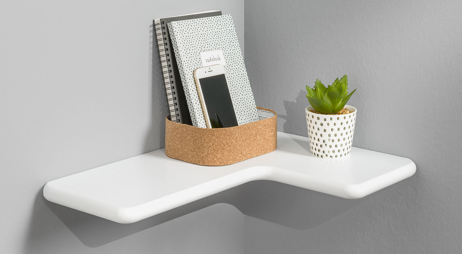 Corner Shelves - CLEO white in the hallway