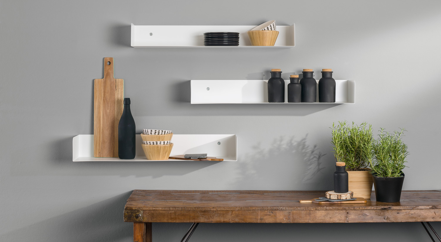 Floating shelf - SHOWCASE white as kitchen shelf