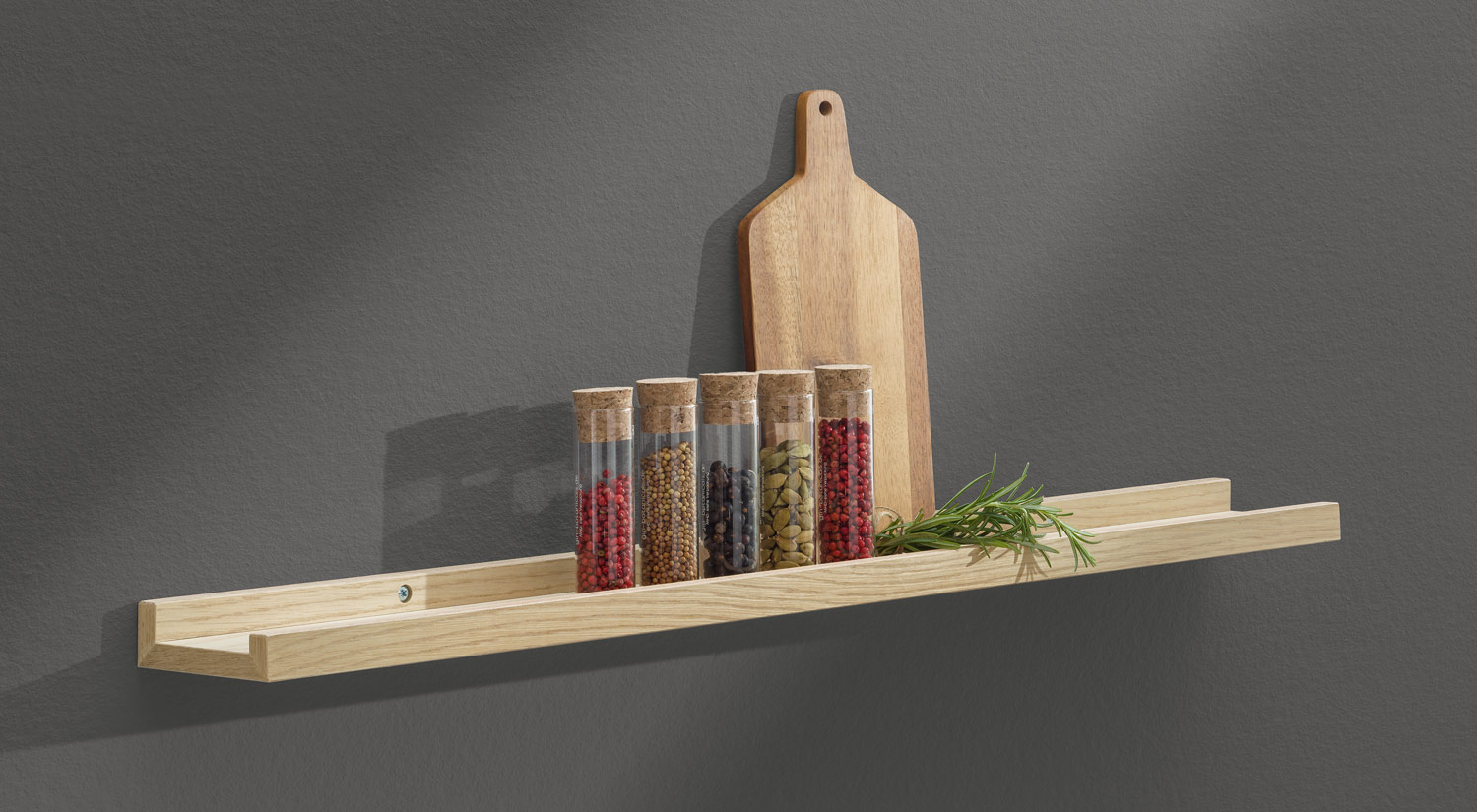 Picture Ledge - BORDER oak as spice rack in the kitchen