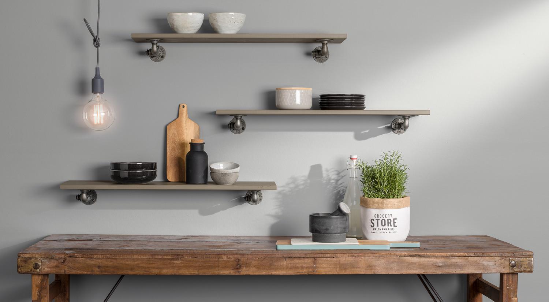 Planche étagère - Etagère VINTAGE grise avec console métallique CAST dans la cuisine
