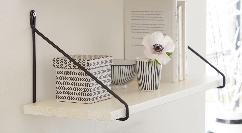 Regalwinkel - FIL Metall schwarz mit Regalboden VINTAGE weiß